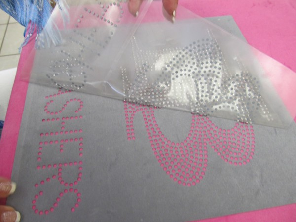 Peeling large Rhinestone Transfer in ROI Test