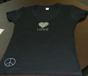 rhinestone t shirt with heart and peace sign